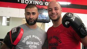 Foto: Selain Jago Nyanyi Maher Zain Juga Jago Boxing