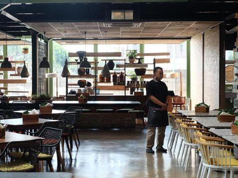 Mau Makan Enak Bersama Keluarga? Mampir Saja Ke 5 Restoran Ini