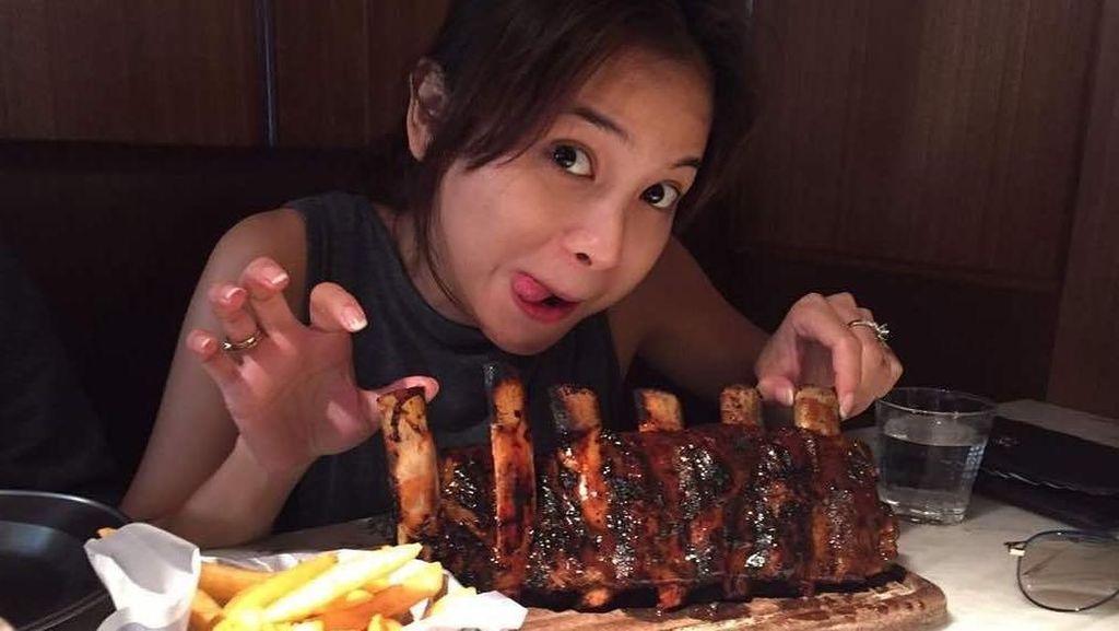 Masakan Acha Septriasa dan Mie Super Halus Buatan Koki dari China