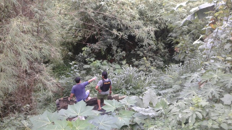 Polisi Tembak Spesial Curanmor di Tangsel, 1 Pelaku Terjun ke Sungai