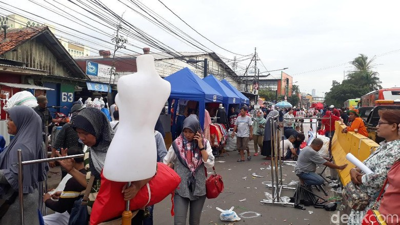 Tutup Lapak, PKL Stasiun Tanah Abang: Alhamdulillah Dapat Rp 2 Juta