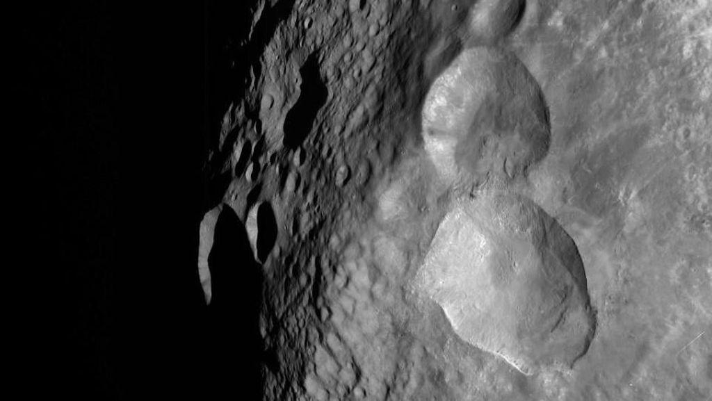 NASA Pamer Foto Boneka Salju di Luar Angkasa, Benarkah?