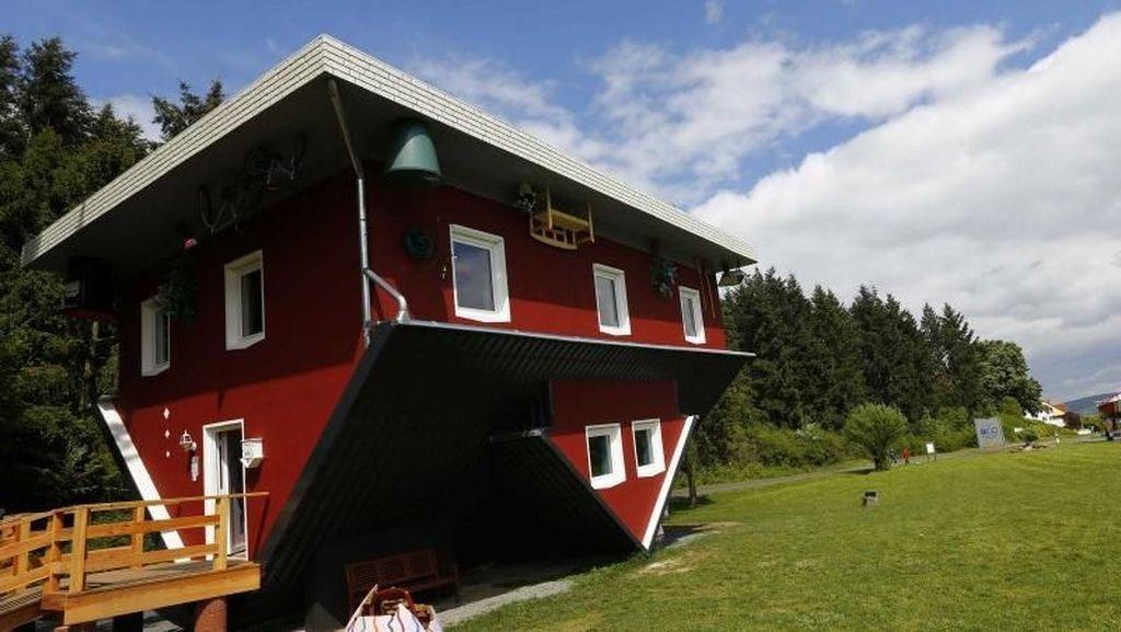 Ada Rumah Terbalik di Jerman