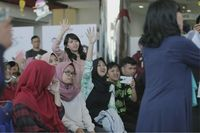 Keseruan Isyanation, penggemar Isyana, saat acara meet & greet (Foto: dok. Yamaha Indonesia)