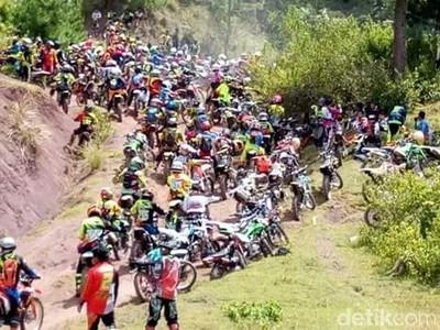 1.780 Traveler Uji Nyali & Berwisata Naik Motor Trail di Toraja