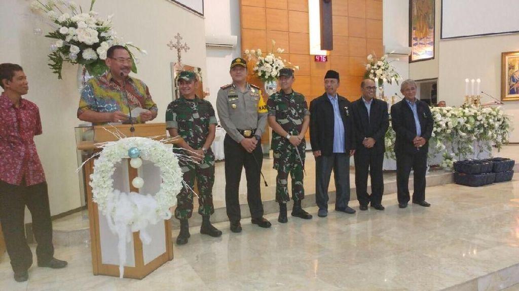 Kapolres: Misa Natal di Gereja Jakarta Barat Berlangsung Aman
