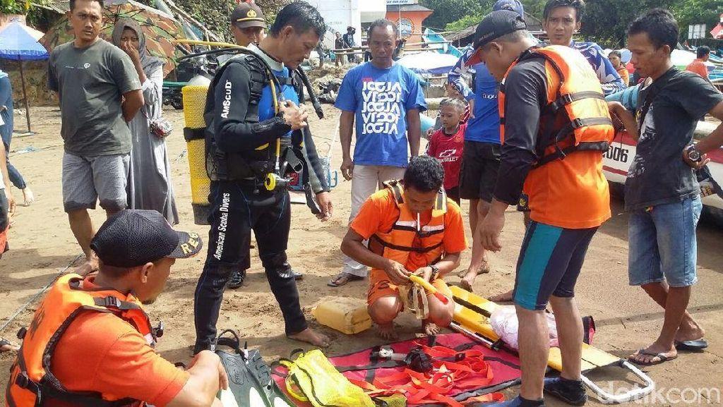 Berenang di Area Larangan, Wisatawan Hilang di Pantai Baron Yogya