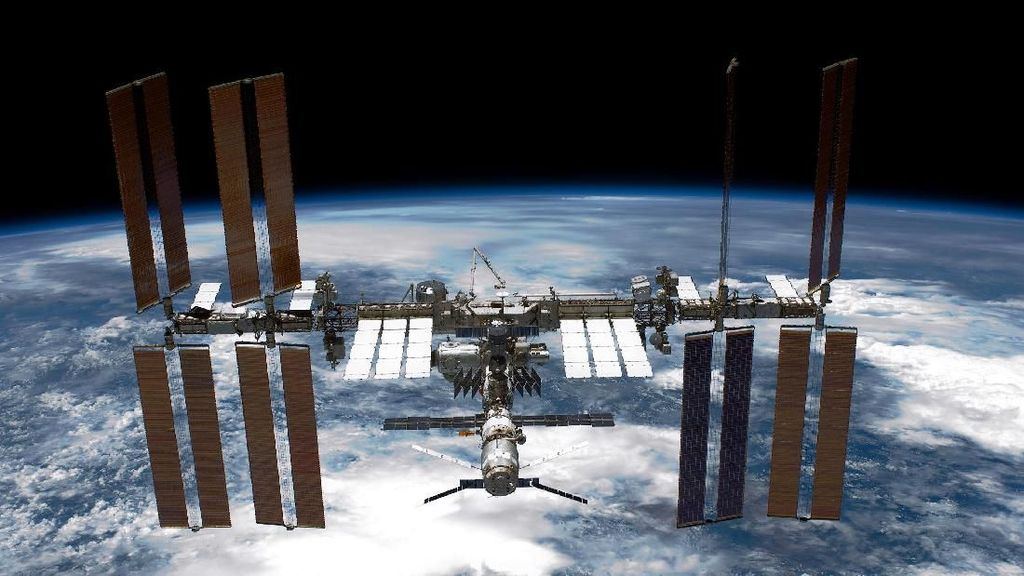 Mau Korbankan Stasiun Luar Angkasa, Trump Tuai Kritik