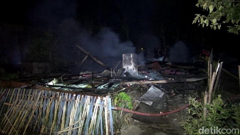 Rumahnya Terbakar, Nenek Hamida Tewas Saat Tidur