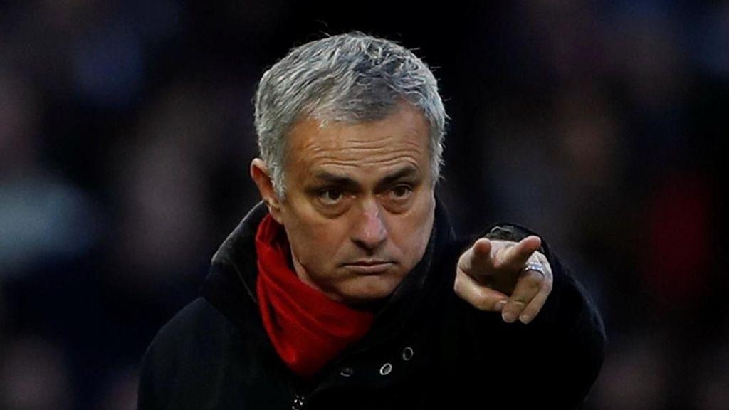 Mourinho Kabarnya Kian Dekat dengan Kontrak Baru di MU