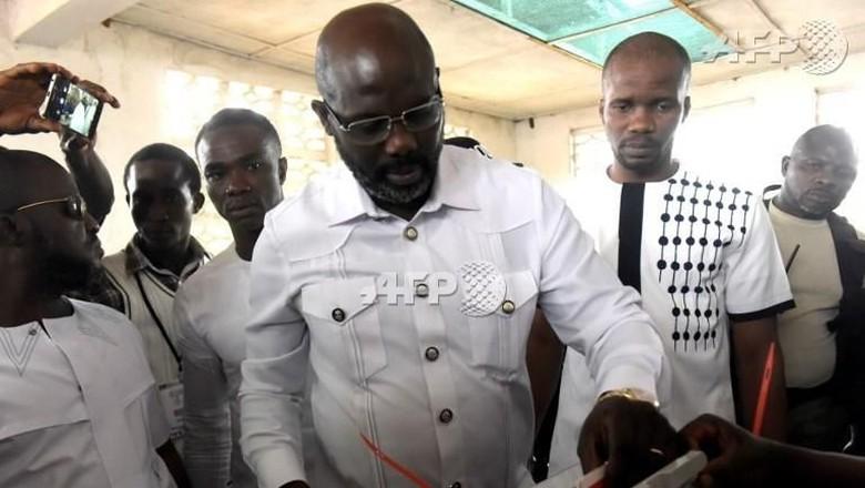 Legenda Milan, Weah Kembali Bertarung di Pilpres Liberia Putaran 2