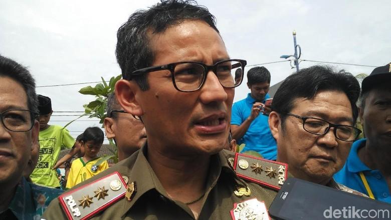 Laporan Gratifikasi ke KPK, Sandi Serahkan Jaket Pemberian Habibie