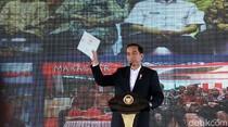 Kejar Setoran, Jokowi Perintahkan Menteri Bagikan Sertifikat Tanah
