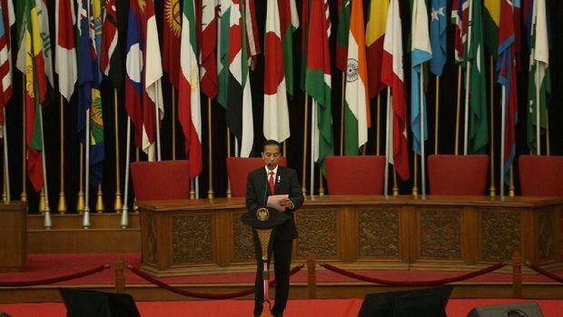 Presiden Jokowi di HUT AMS ke-51