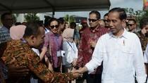 Dari Tegal ke Banjar, Jokowi Tempuh Jalur Darat Via Bumiayu