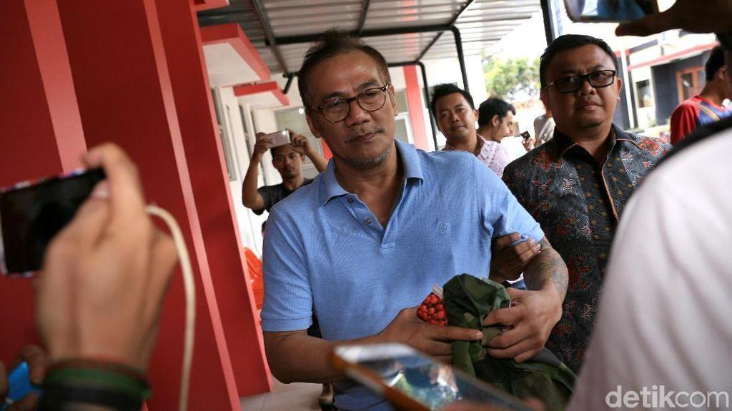 Tio Pakusadewo Dilimpahkan ke Kejaksaan Selasa