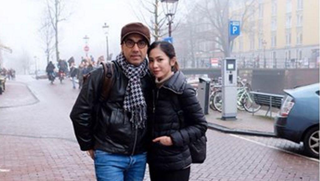 Bunga Zainal Bersyukur Suami Sangat Keras Menjaganya di Dunia Hiburan