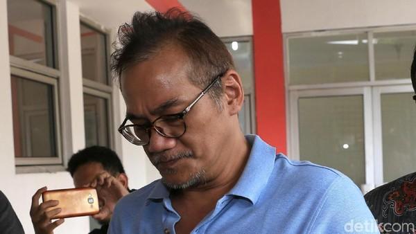Sang Anak Tak Pernah Absen Jenguk Tio Pakusadewo