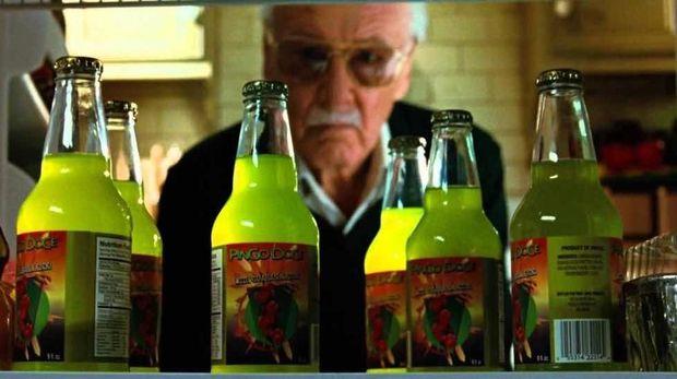 10 Penampilan Terbaik Stan Lee sebagai Cameo