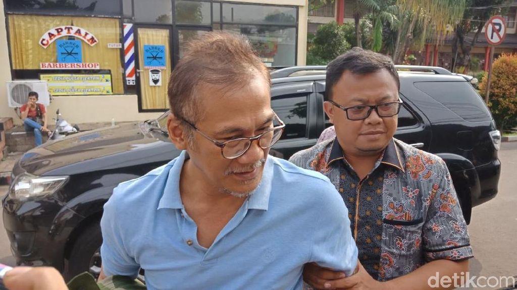 Tio Pakusadewo Jalani Rehab, Proses Hukum Tetap Berlanjut