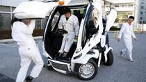 Aksi Keren Mobil Transformers di Jepang