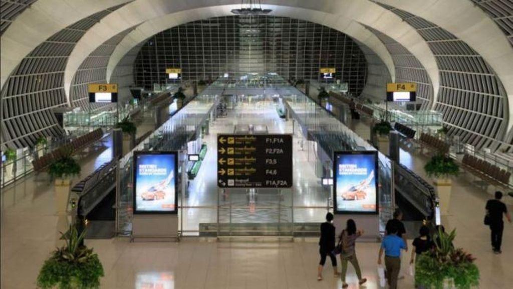 Terhalang Visa, Keluarga Zimbabwe Terjebak di Bandara Bangkok 2 Bulan