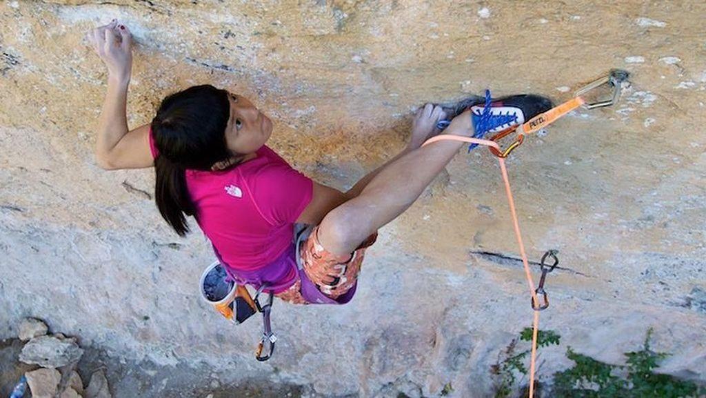 Imut-imut Kekar! Foto Ashima Shiraishi, Jagoan Panjat Tebing yang Masih Remaja