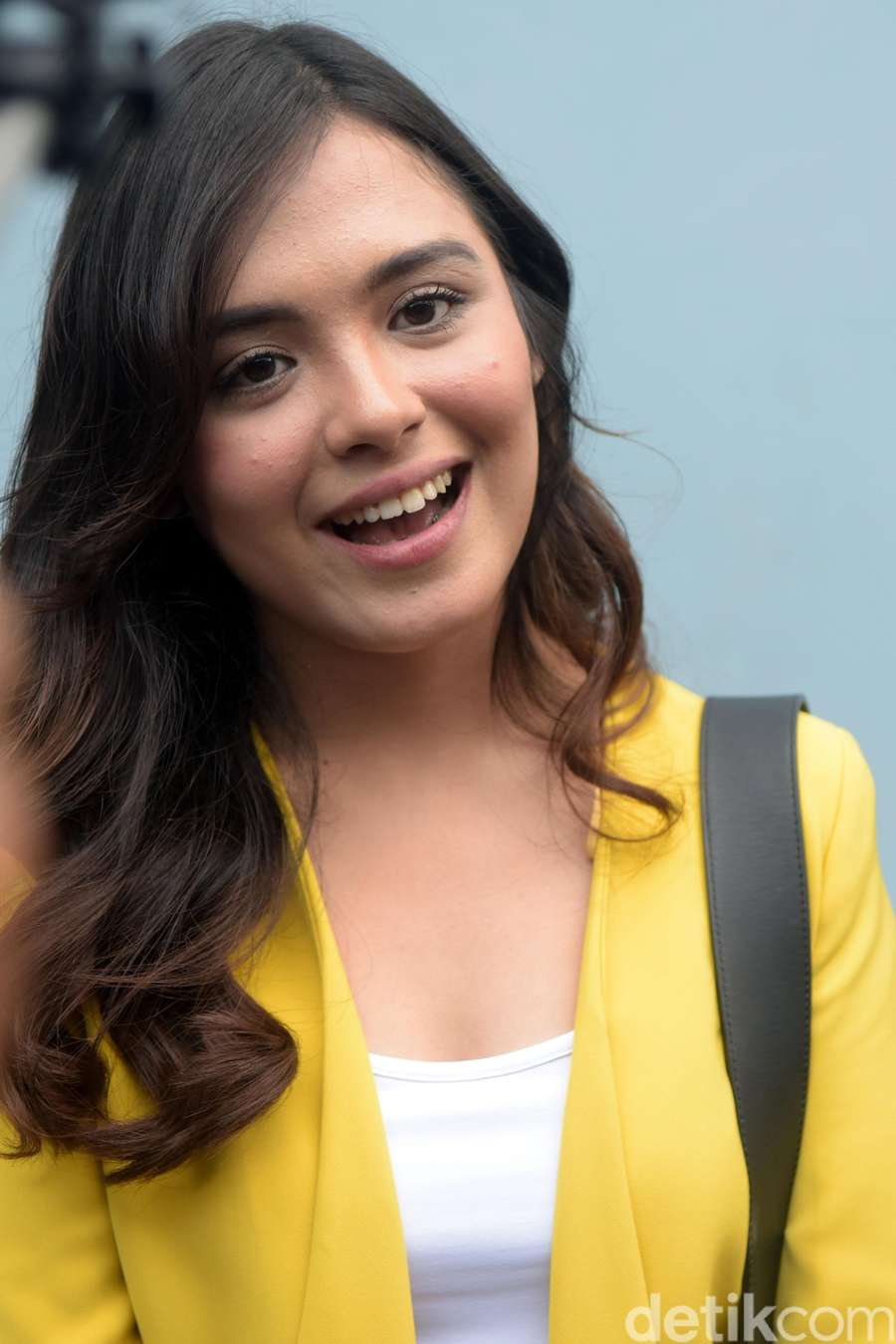 Manisnya Vebby Palwinta, Acha Septriasa hingga Senyuman Aurora Ribero