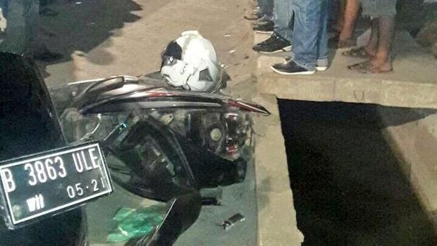 Kecelakaan Truk Vs Motor di Marunda, 1 Orang Tewas