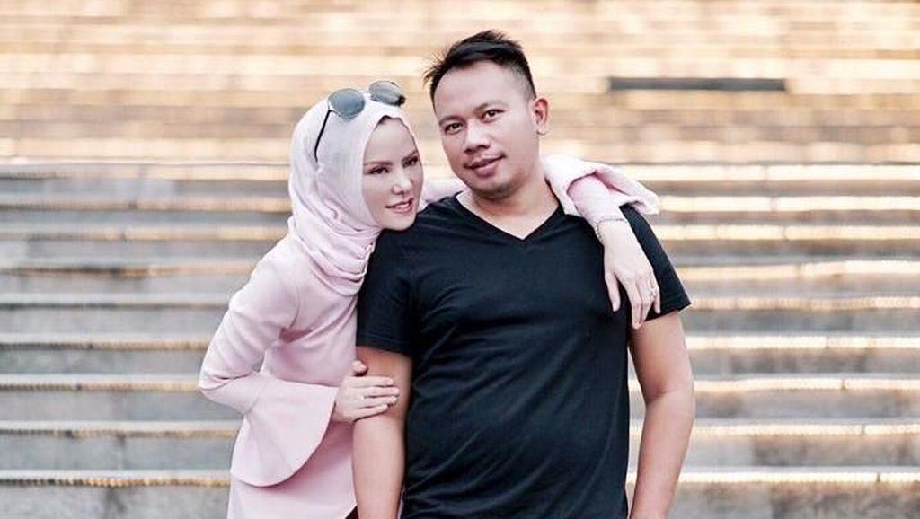 Vicky Prasetyo Minta Doa untuk Kelancaran Pernikahan, Netizen: Settingan!