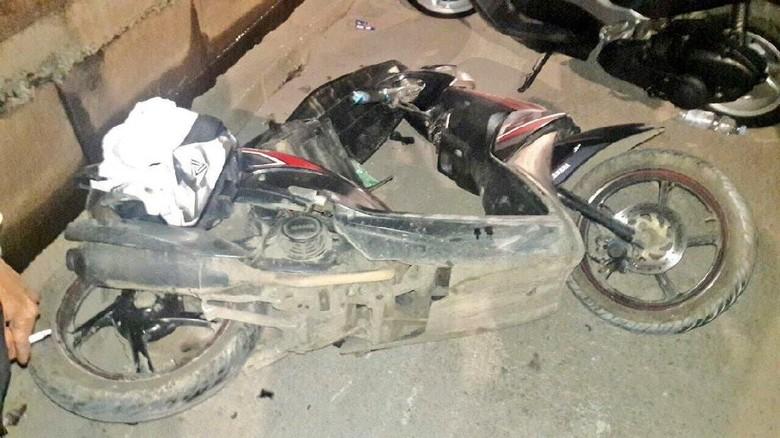 Kecelakaan Truk dan Motor di Marunda, 1 Orang Tewas