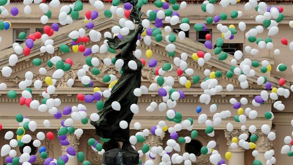 Keren! Ketika Langit Sao Paulo Brasil Dipenuhi Balon