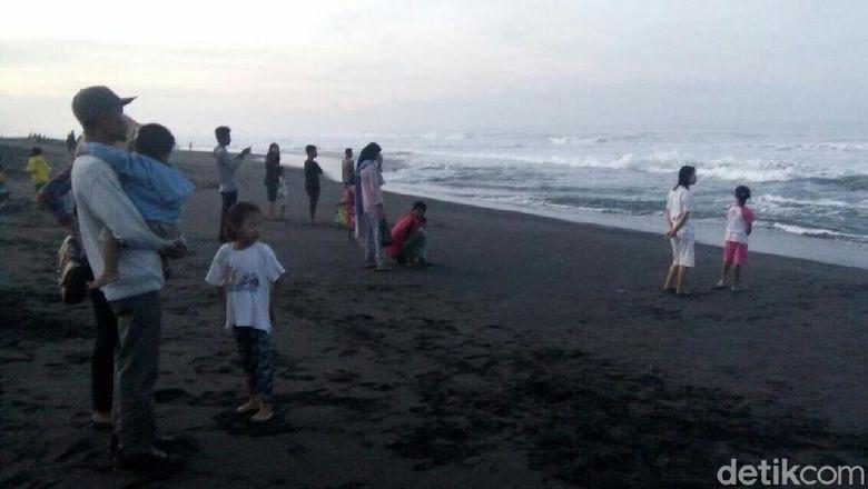 Pantai Glagah Jadi Pusat Keramaian Malam Tahun Baru di Kulon Progo