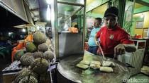 Libur Tahun Baru di Aceh, Nikmati Martabak Durian Legendaris Ini