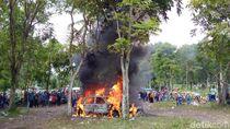 Ini yang Diduga Jadi Penyebab Mobil Terbakar di Parkiran Merapi Park
