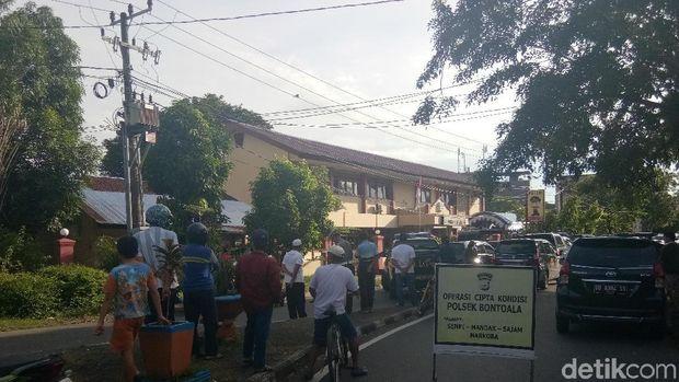 Ledakan di Mapolsek Bontoala Makassar, Polisi Olah TKP