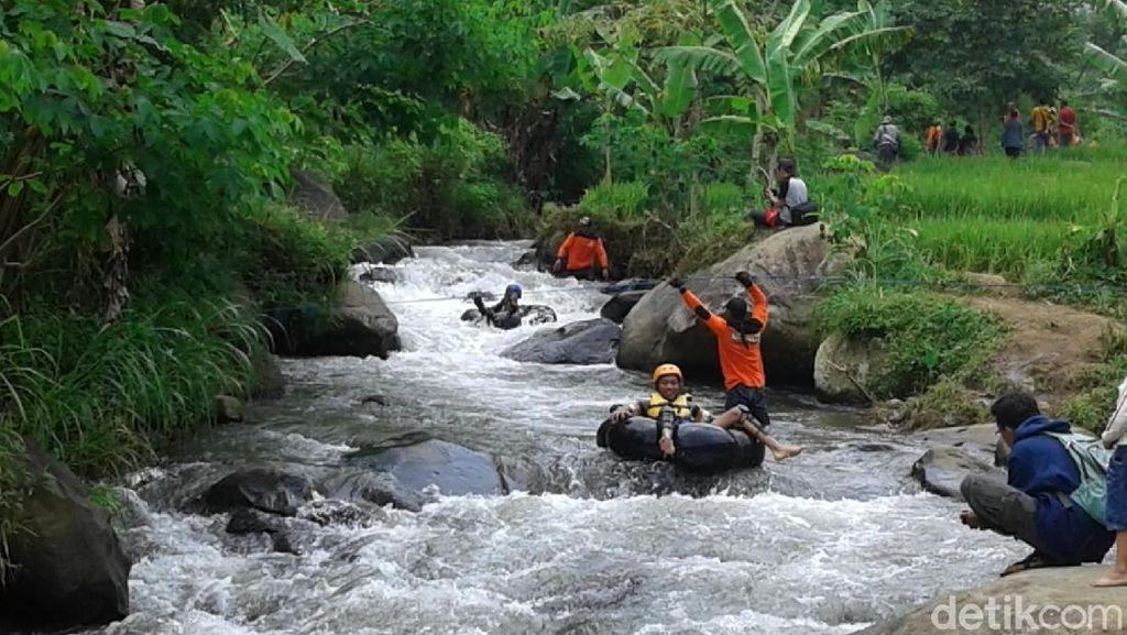 Yuk, Isi Liburan di Wisata Tubing Sungai Mendak Lereng Wilis