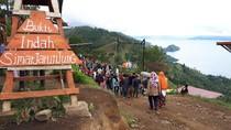 Foto: Tempat Melihat Panorama Danau Toba nan Indah