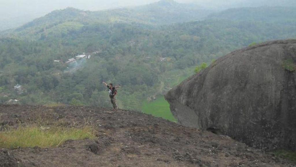 Bertualang ke Gunung Api Purba di Yogyakarta