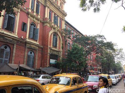 Foto: Lalu Lintas Kolkata yang Bikin Kamu Geleng Kepala