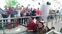 Jokowi Pakai Kaus, Netizen: Beli di Mal Ambassador, Pak?