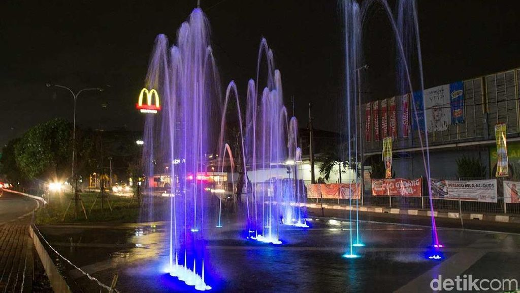 Air Mancur Menari dan Taman Cantik, Kado Ahok untuk Bekasi