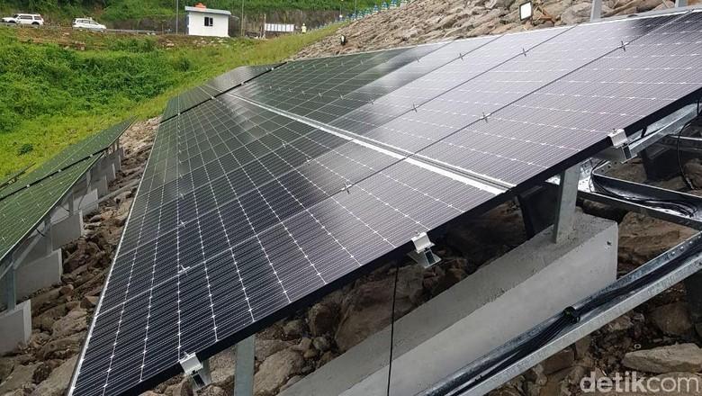 Bendungan Jatibarang Bisa Hasilkan Listrik 300 KWH dari Matahari