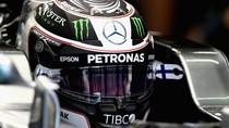 Mercedes Buat Lomba Desain Helm Bottas