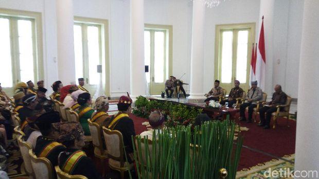 Pemerintah akan Tampung Masukan Para Raja Nusantara