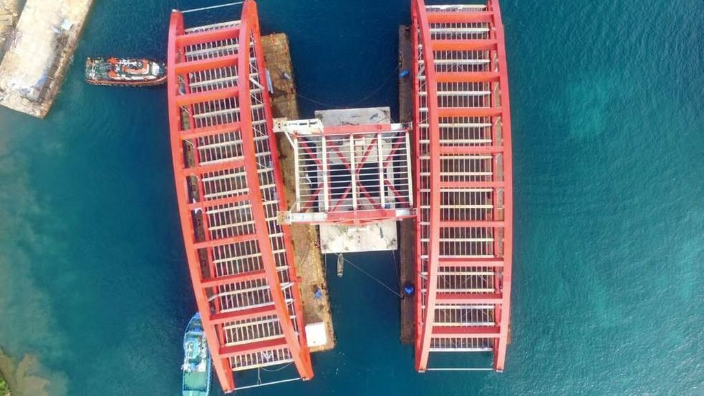 Basuki Hentikan Pemasangan Rangka Jembatan Holtekamp Papua