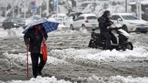 Diguyur Salju Tebal, 3 Bandara China Ditutup Sementara