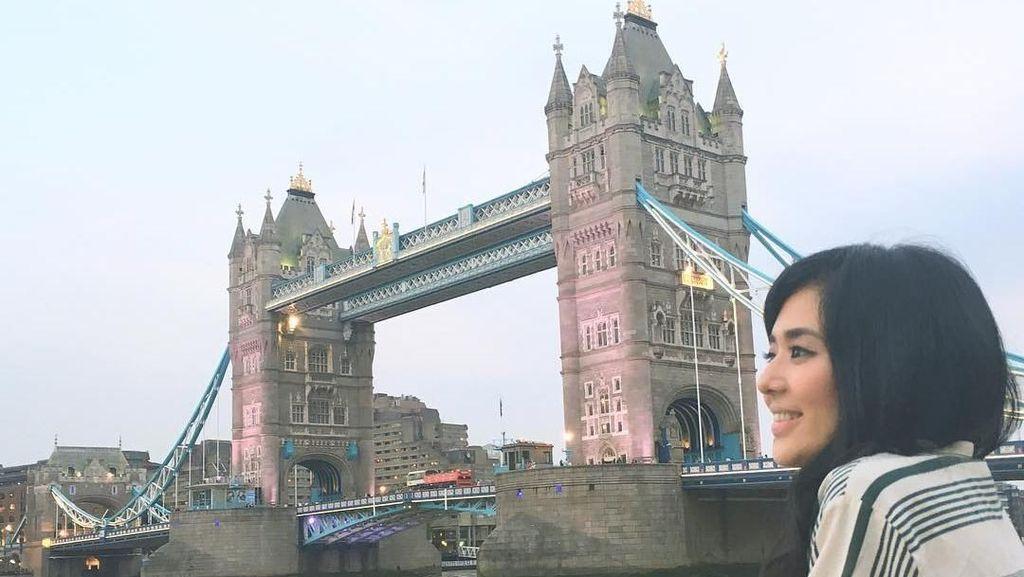 Foto: Liburan Ala Sora Aoi, Mantan Aktris Film Dewasa Jepang