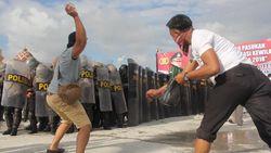 Simulasi, KPU Tarakan Diserang Massa karena Jagonya Kalah Pilkada