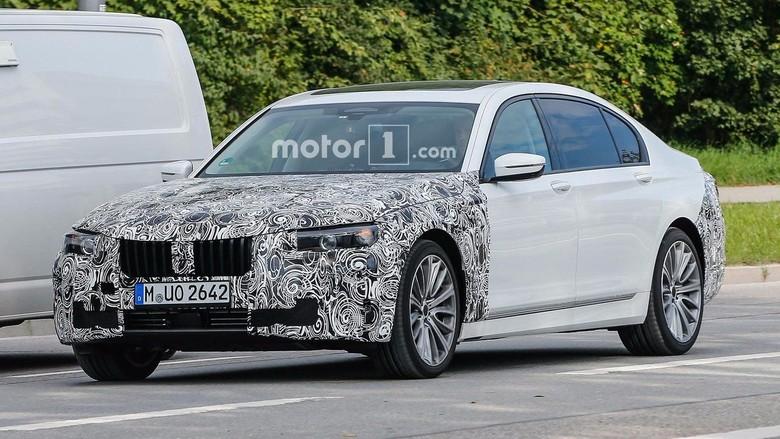 BMW Seri 7 Terbaru Lahir Maret 2018